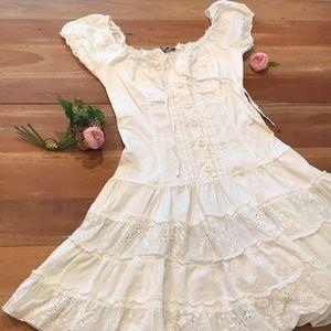 Dresses & Skirts - White Peasant Dress A-line